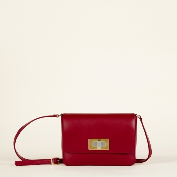 Gertrude medium dark red